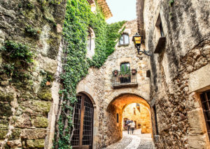 Bike Tours and bicycle trips in Barcelona and Girona